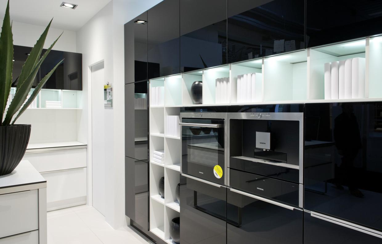 Nolte Glas Tec detail glas tec plus 16w weiß hochglanz linear kitchen designs