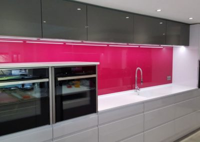 glass splashback pink 2