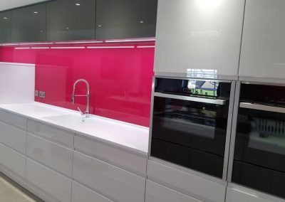 Pink glass splashback 3