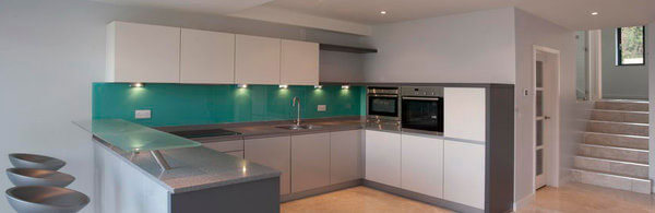 green-glass-splashbacks